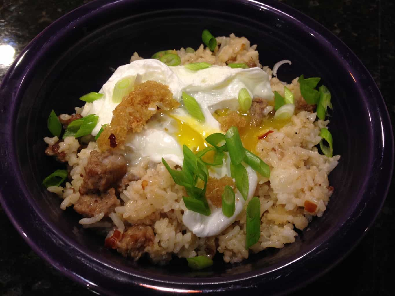 Filipino Garlic Fried Rice with Vinegar Sauce (Sinangag-Style)